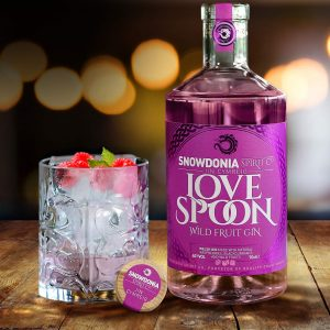 welsh love spoon gin