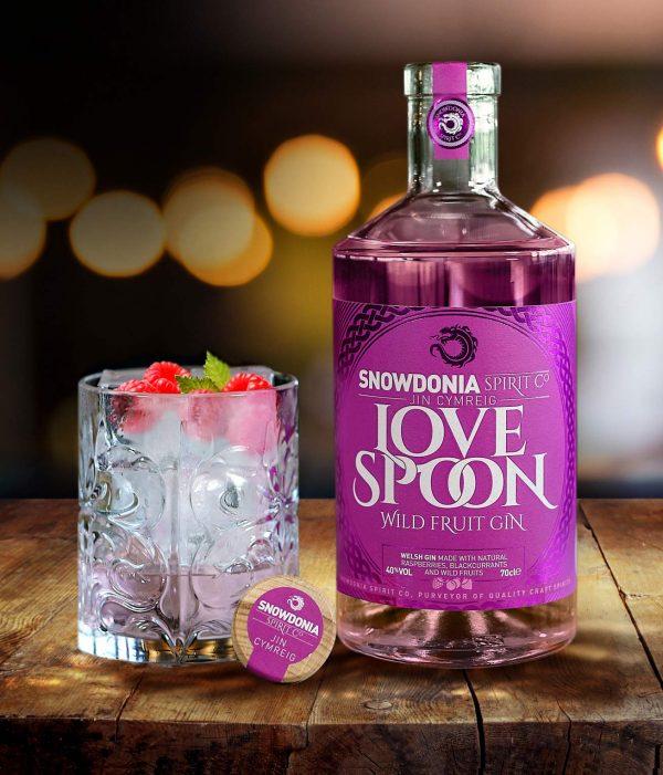 welsh love spoon gin